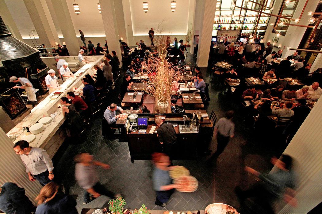 Marta, The Redbury Hotel, 29 E 29th St, New York, NY 10016, Stany Zjednoczone